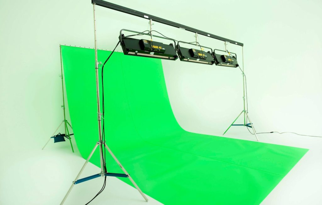 coved green screen