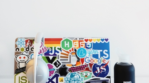 8 tips for designing the perfect logo - dynamic